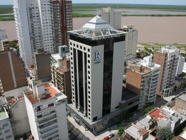 Ros tower:  Rosario, Argentina
