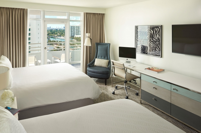 Fontainebleau Hilton Resort Spa and Towers, Miami