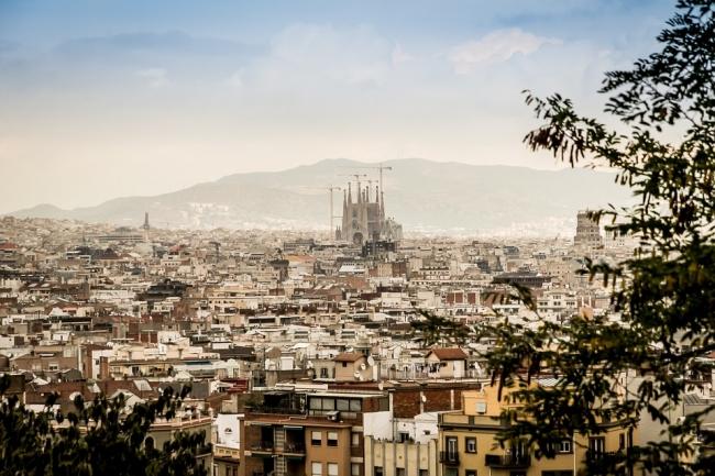 Barcelona, España · 8 días · Maravillosa arquitectura dentro de una ciudad con una amplia oferta cultural.