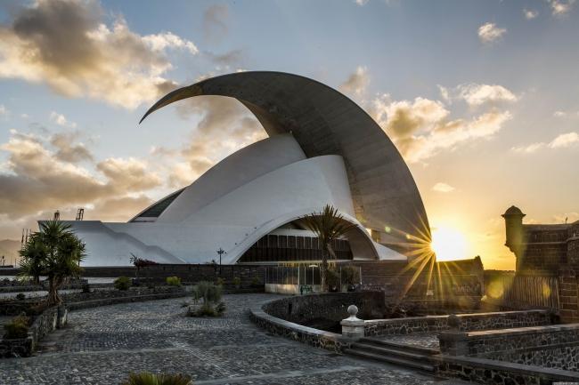 Costa Cruceros Fascinosa: Salida 13/ 03/ 2019 · 18 días · Buenos Aires - Río de Janeiro - Salvador de Bahía - Maceió - Sta. Cruz de Tenerife - Malaga - Marsella - Savona