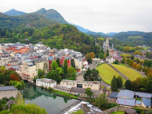 Europa Low Cost · 20 Días · Destinos maravillosos durante un viaje mágico por Europa.