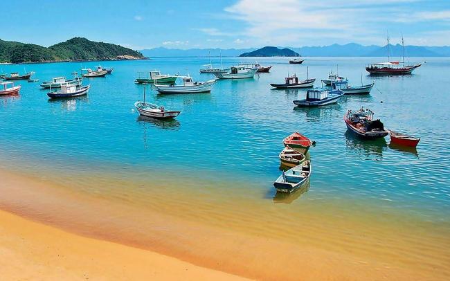 Buzios, Brasil 2019 · 8 días · Visitá increíbles playas dentro de una bellísima ciudad cuando más lo desees!