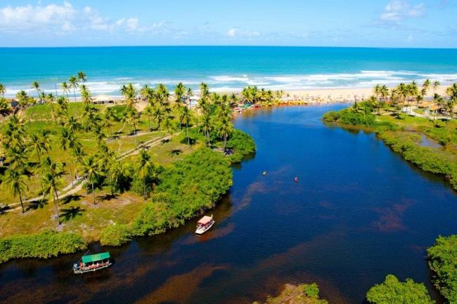 Imbassaí, Brasil · 8 Días · Impetuosos paisajes que combinan biodiversidad y aventura.