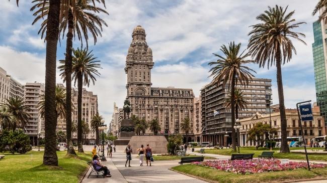 Montevideo, Uruguay · 4 Días · Julio 2019 ·  Relax de playa y comodidad de ciudad